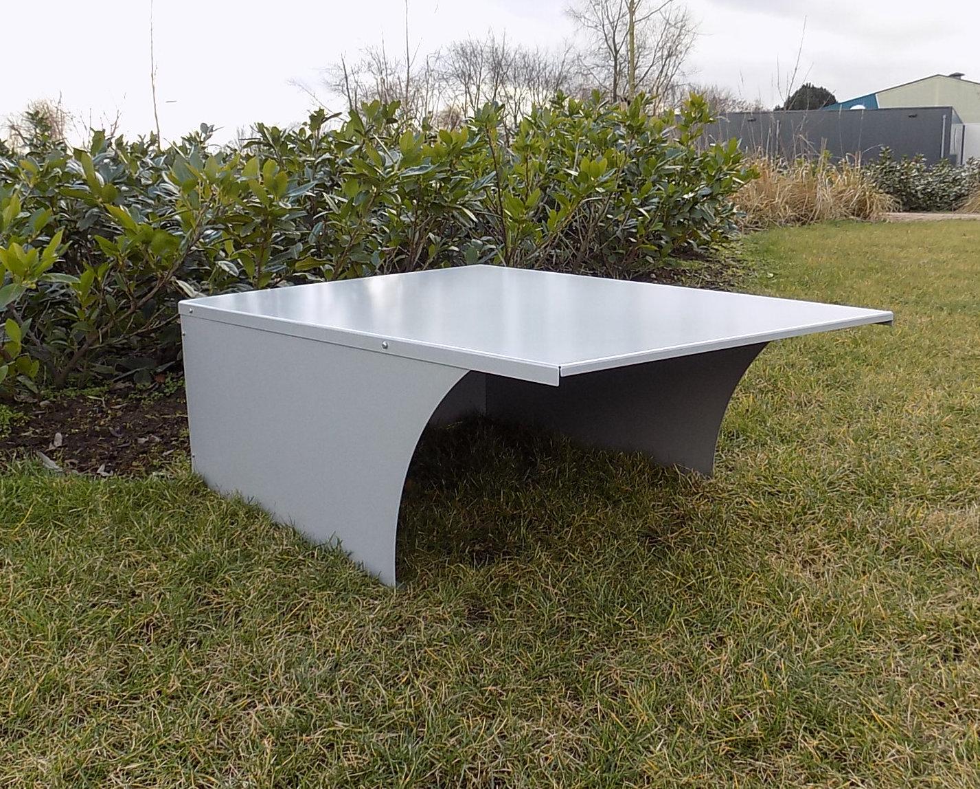 garage f r rasenroboter rasenm her dach automower. Black Bedroom Furniture Sets. Home Design Ideas